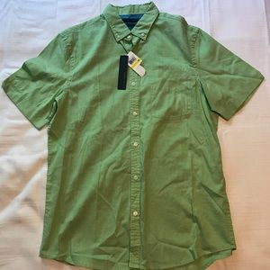 Perry Ellis- Mens Button Up Short Sleeve shirt NWT